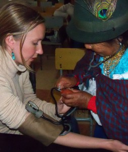 UW-Madison students and local midwives share knowledge during a field course in Ecuador.