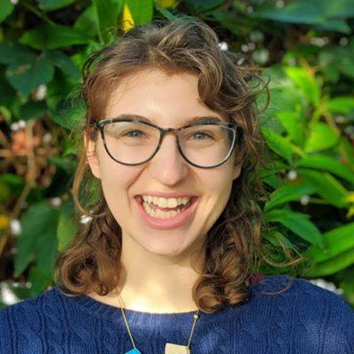 head shot of Abby Lois